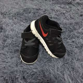 *CLEARANCE* Nike toddler shoes