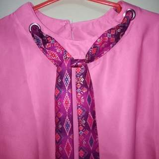 Baju wanita hiasan dasi batik