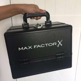 Max Factor Makeup box kit
