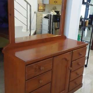 Dressing n drawers table (item 2)