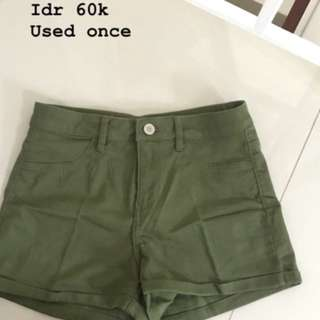 Army shortpants