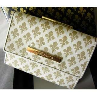 最後減價 全新 保証正貨 購自日本 PATRICK COX 日本版 白色 金色圖案 超靚 銀包 連原裝盒0
