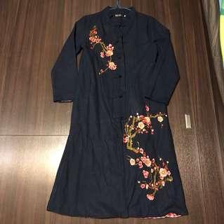 Chinese costume 中式長衫