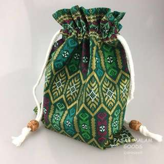 Traditional Pouch For Phone Accesories Vivid Batik Floral Textile Traditional Pattern Fabric Lunch Makeup Bag