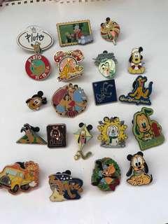 迪士尼樂園 pins