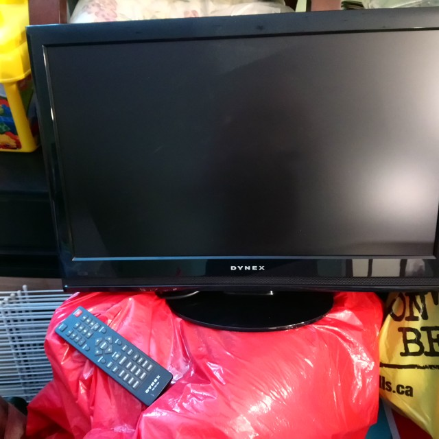 "23.5"" Flat screen tv with remote"