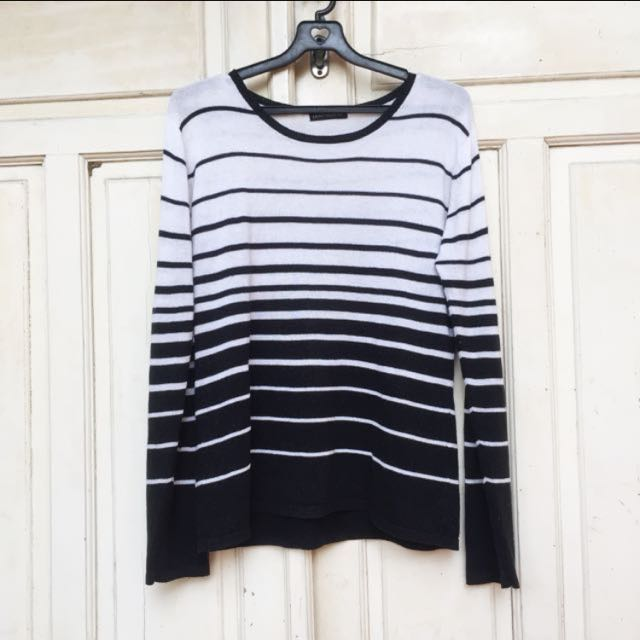 3pcs 💯rb 🛍 Sweater strip hitam putih
