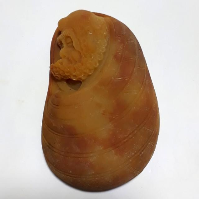 黄龍玉雕刻罗漢像 Jade Stone
