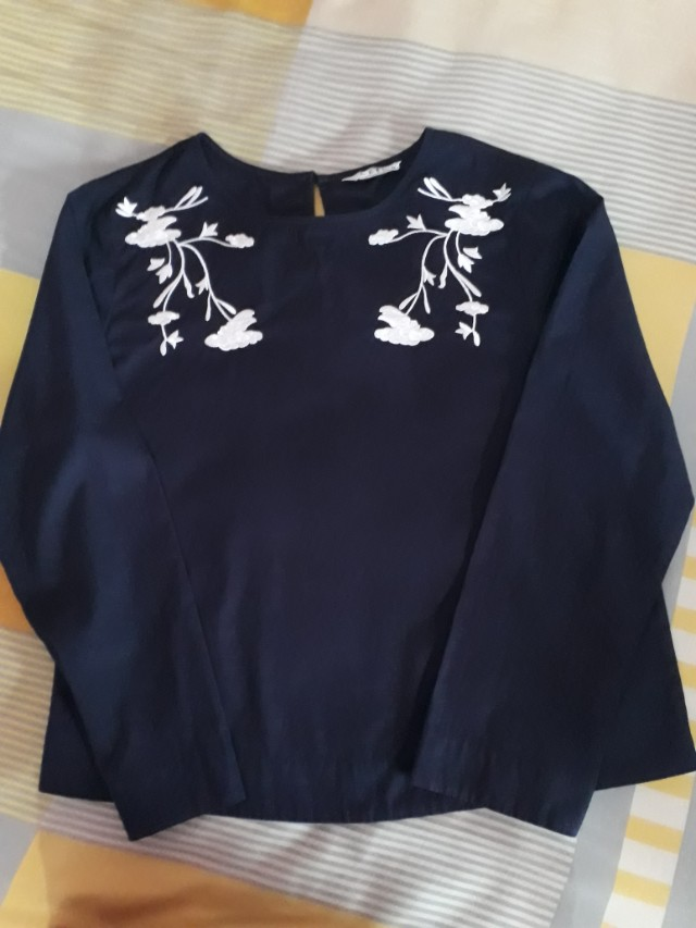 Ceil Long Sleeve Embroidery Blouse