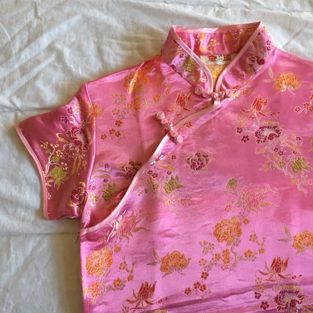 Chinese traditional dress