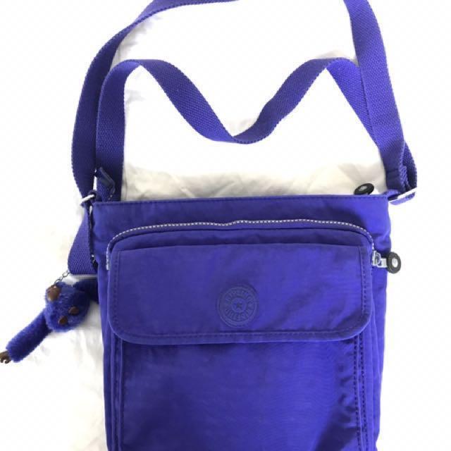 Dark blue Kipling side bag