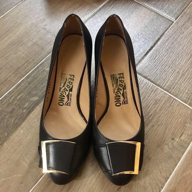 Ferragamo 高跟鞋