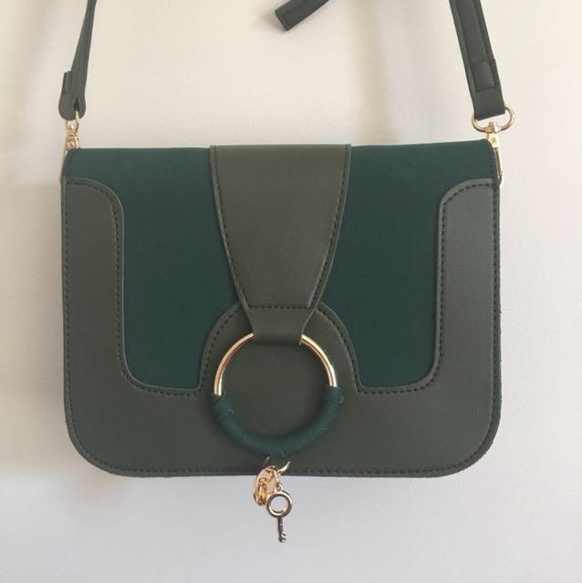Green side bag