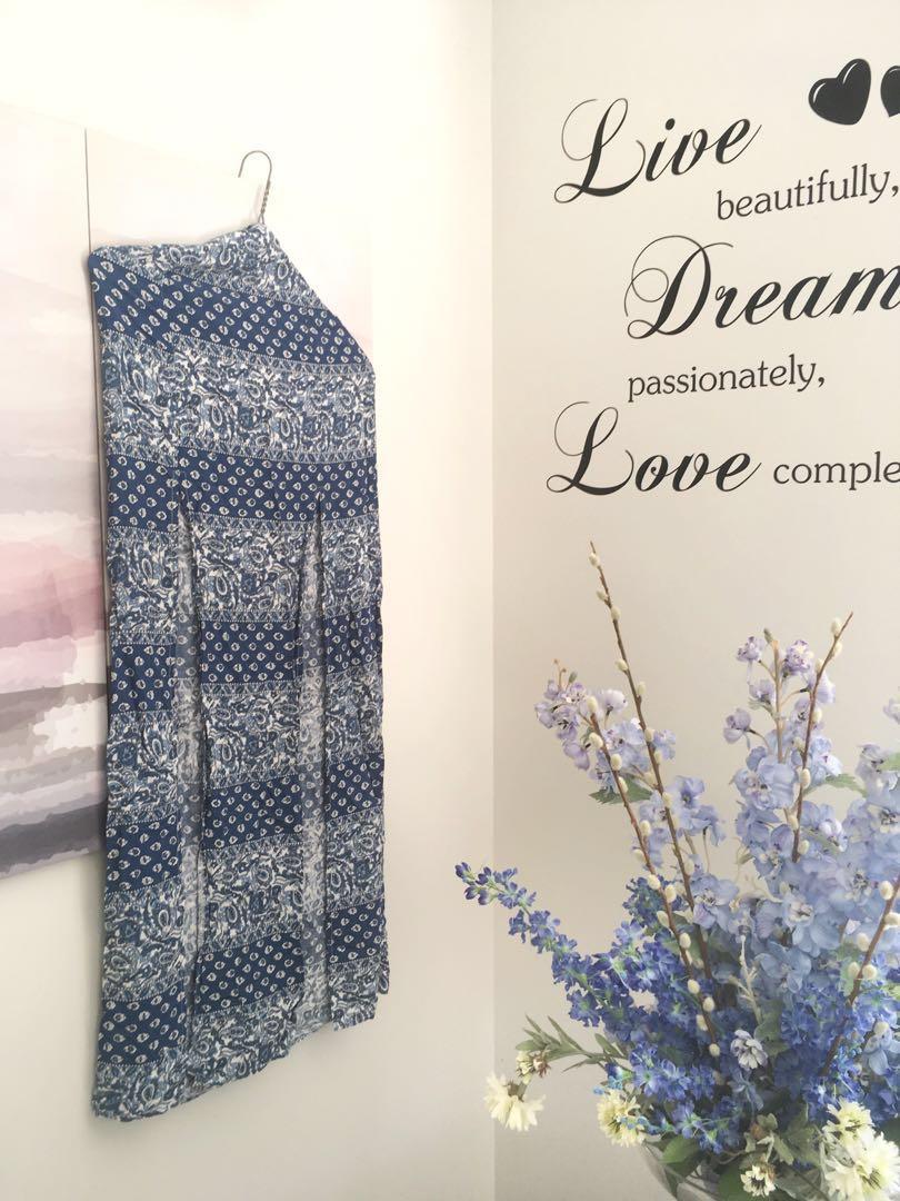 High waisted slitted long skirt
