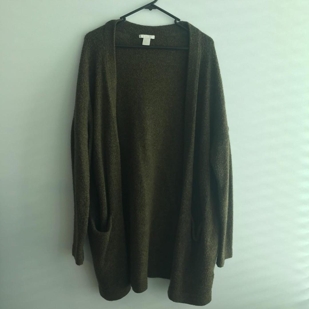 H&M green cardigan (Size M)