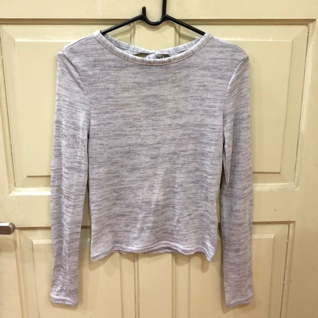 H&M KNIT TOP NEW