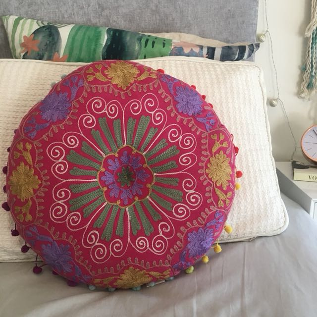 ishka // embroided cushion