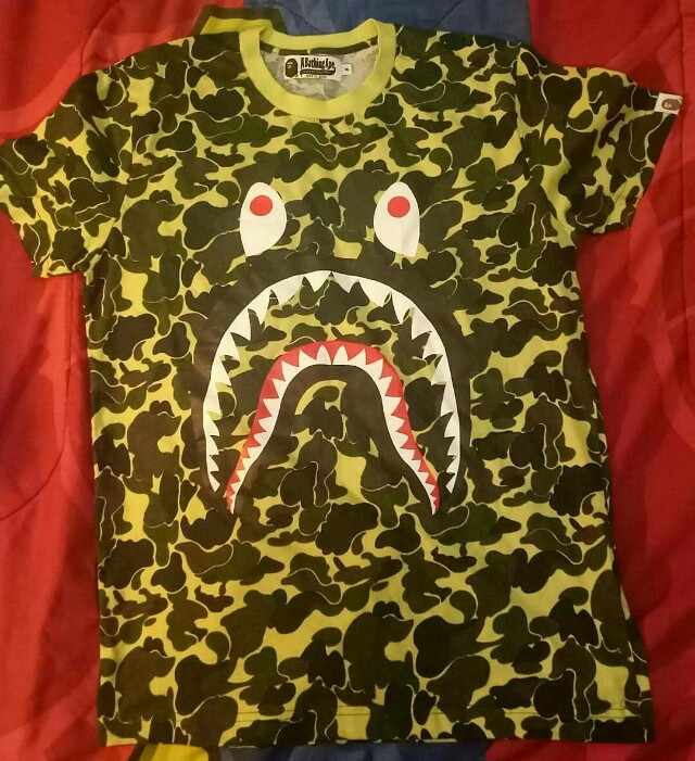 KASIH HARGA SENDIRI!!! BAPE Shark Camo Tee