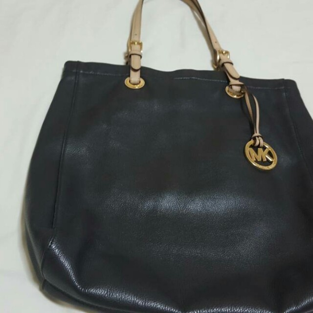 Mk tote bag.. authentic