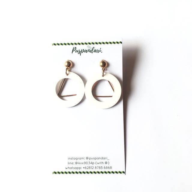 NEW Laksmana Earrings @puspandari_