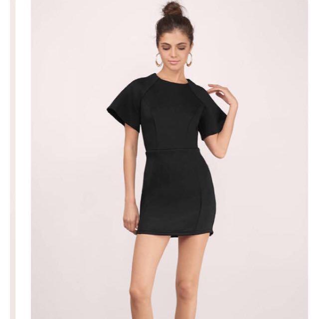 NEW Tobi black flare shoulder dress