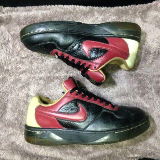 Nike Air Force Low x Lebron James 25