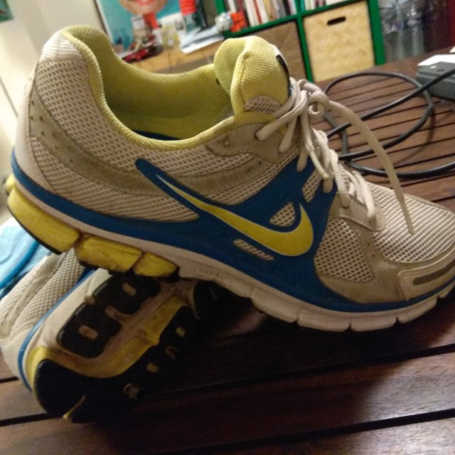 low priced afff8 962aa Nike Pegasus 27 - Size 12 US - Good condition