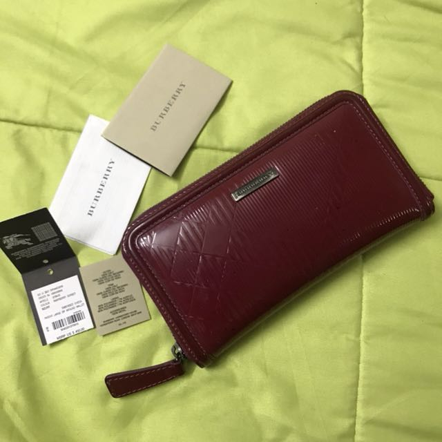 Original Burberry Large Zip Around purse
