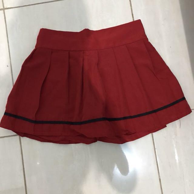 Red black hitam merah skort