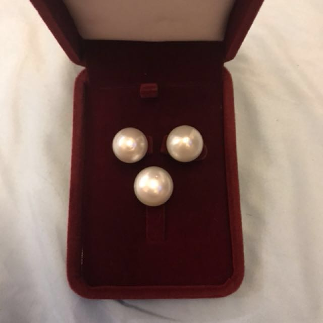 SALE ALERT! Repriced from 15,000 to 13,000 White South Sea Pearl (earrings and pendant) 5000-pendant only 10,000 - earrings only