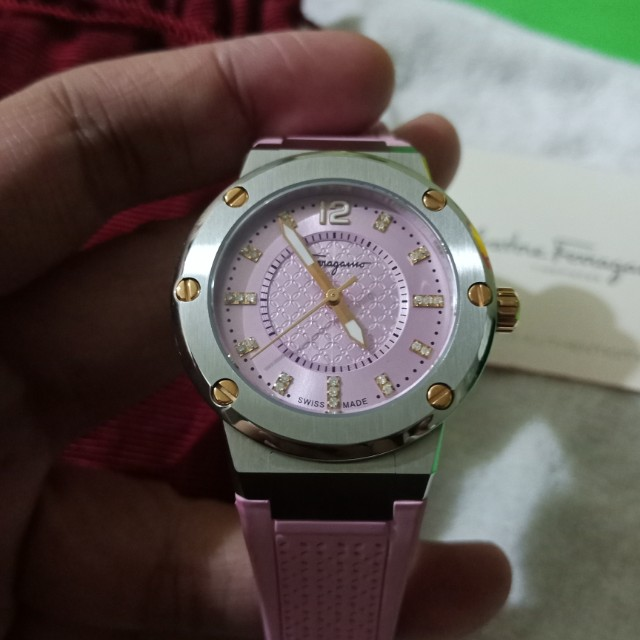 salvatore ferragamo watch serial number
