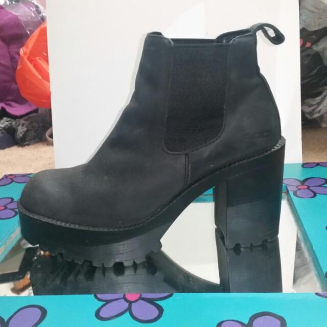 Size 10 Roc Boots