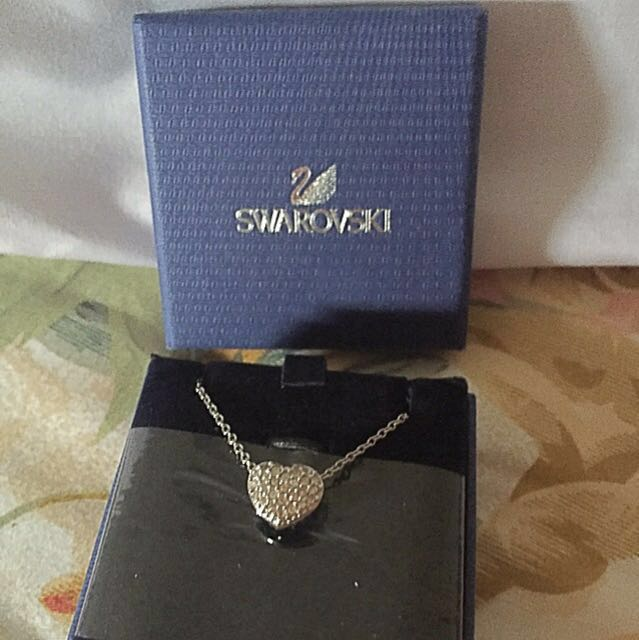 Swarovski Necklace Authentic [Reprice]