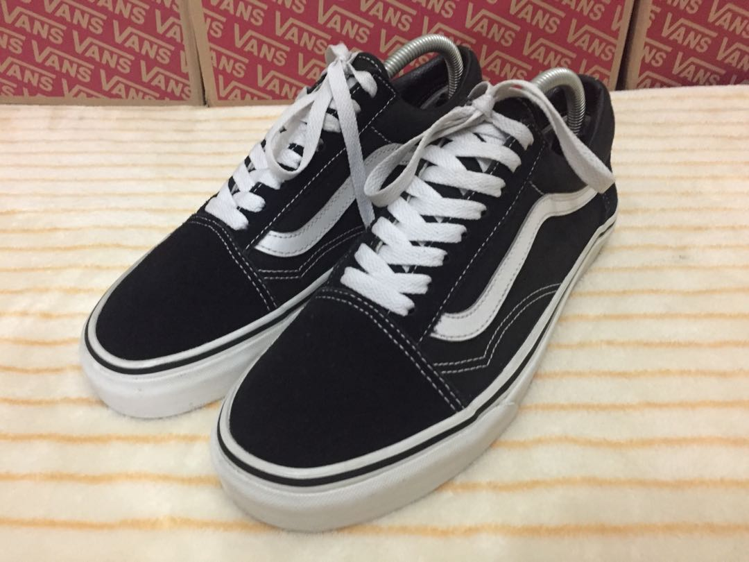 Vans Old Skool BnW(Size 8)
