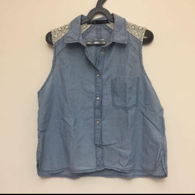 Zara Basic button down sleeveless polo