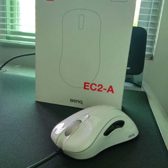 b5cdb070b4e Zowie EC2-A Gaming Mouse (Gloss White edition), Electronics ...