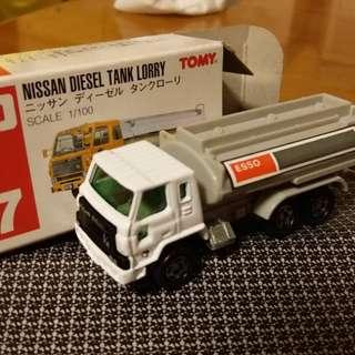 Tomica tomy車 57 57號 Vintage 1:100 Nissan Diesel Lorry Tank esso
