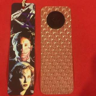 set of 2 bookmarks 1 cardboard X-files and 1 plastic with holographic picture of an alien