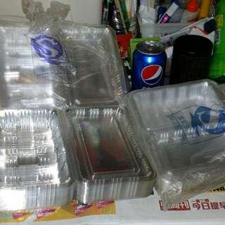全新壽司, 食物外賣盒一大堆,$20…100個, $100…600個, (大……7.5吋*5吋,小……6.5吋*4吋),屯門交收. Take Away food container, $20 for 100, $100 for 600, trade in Tuen Mun