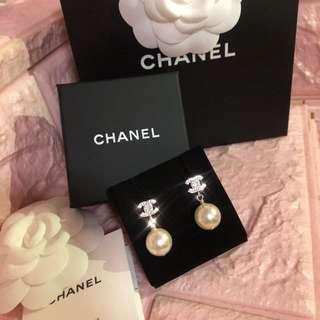 全新chanel珍珠耳環