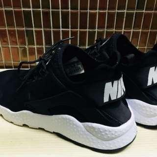 Nike Huarache 黑白武士鞋二代