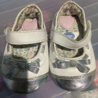 Enfant shoes