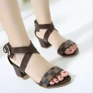 Sepatu Flat N23
