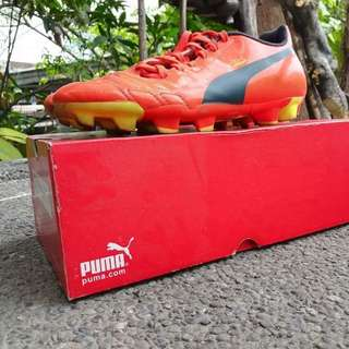 Puma football cleats