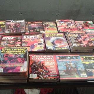 Over 300 1990s retro video game magazine back issues collection lot