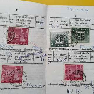 INDIA - RADIO / TELEVISION LICENCE BOOK , with many Colouful Stamps - Used in 1980 's