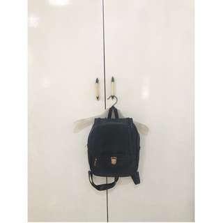 Bagpack (Black)