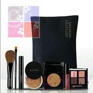 Artistry Essentials Makeup Kit in Medium