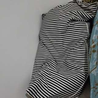 Triagle Bean Bag - Stripes Motive