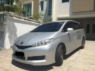 Toyota Wish Monthly rental 0192057878